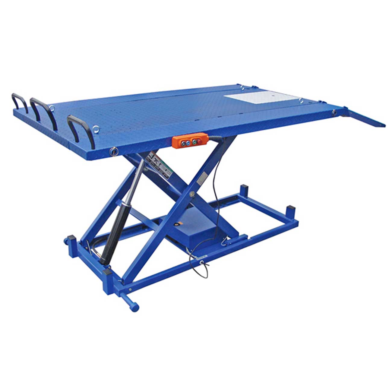ATD Tools ATV Lift with Retractable Ramp